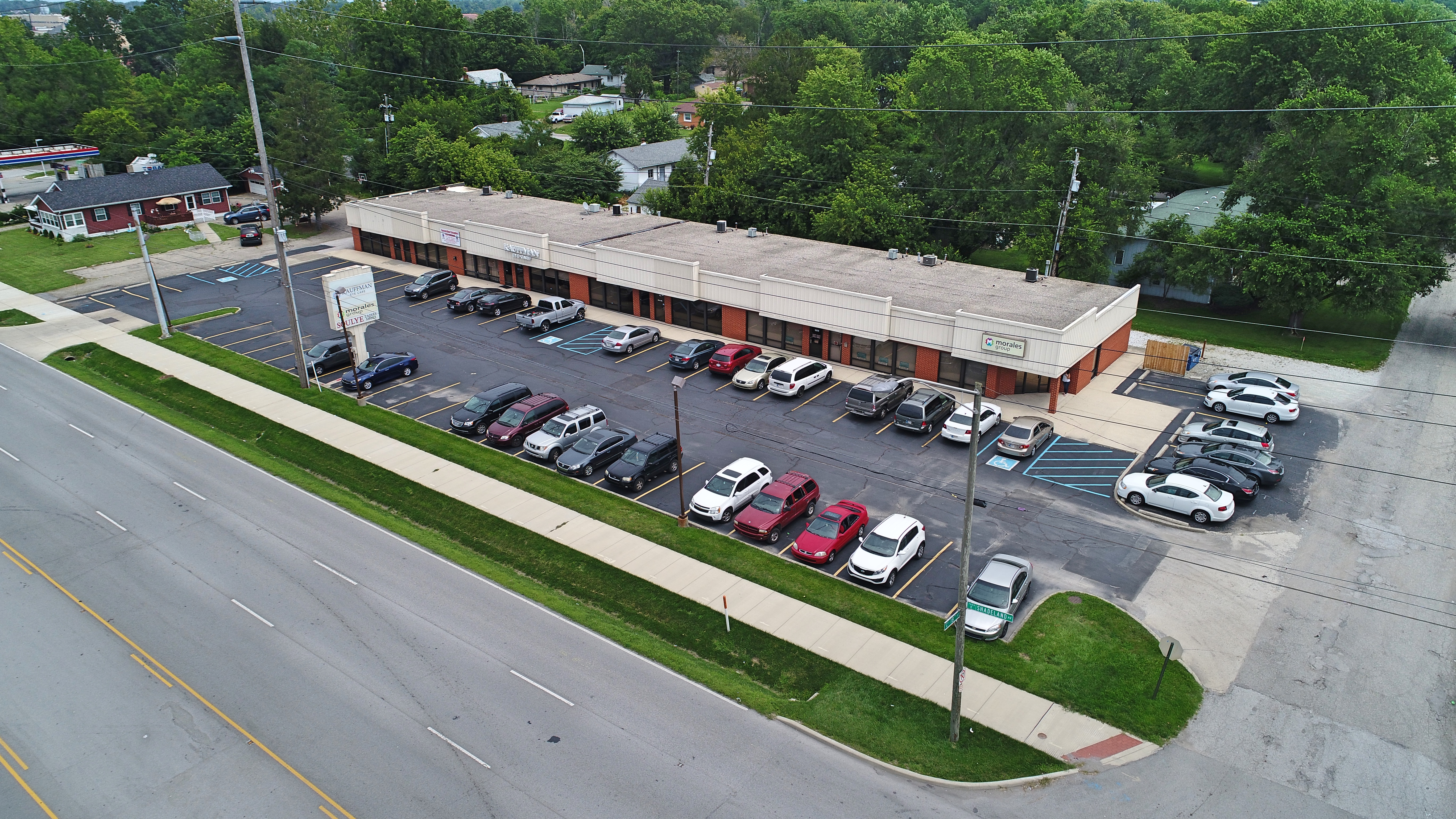 Paragon Realty retail center | Shadeland Station in Indianapolis, Indiana
