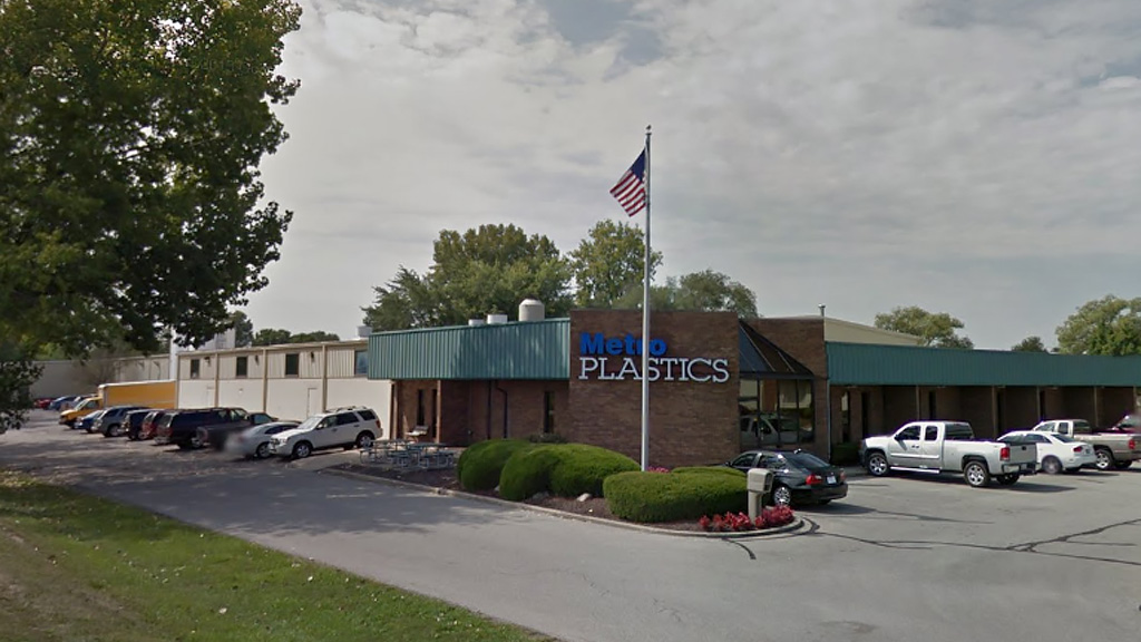Paragon Realty | Metro Plastics Technologies | Office and Warehouse in Noblesville, Indiana